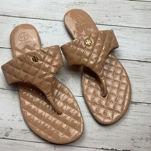 Tory Burch Kent Thong Sandals Quilted Tan Nude